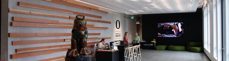 109 NW Naito lobby